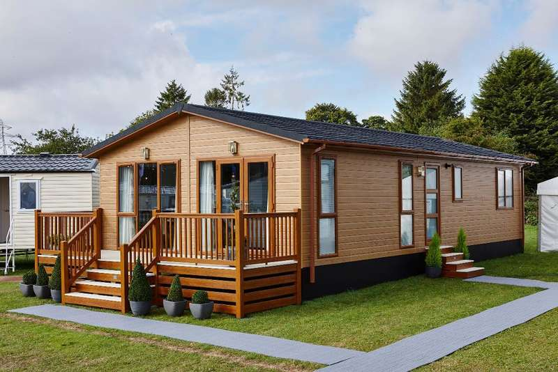 3 Bedrooms Detached House for sale in Aspire Muskoka, Plas Coch Holiday Home Park, Anglesey, LL61 6EJ