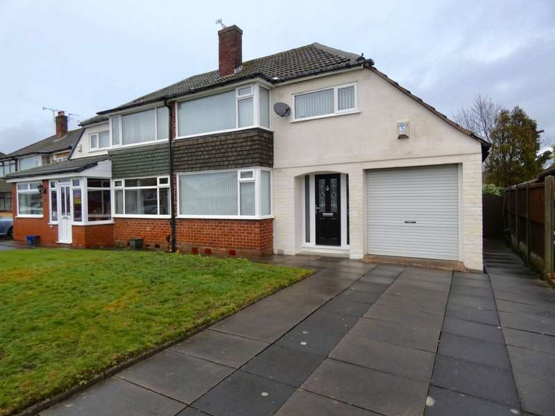3 Bedrooms Semi Detached House for sale in Avon Road, Wigan, Merseyside, WN5