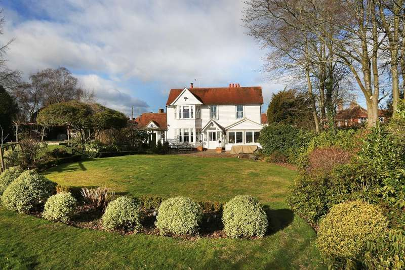 4 Bedrooms Detached House for sale in Chapel Lane, Sissinghurst, Kent, TN17 2JN