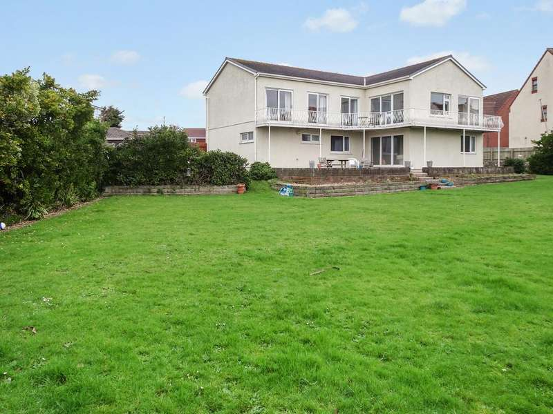 5 Bedrooms Detached House for sale in MALLARD WAY, REST BAY, PORTHCAWL, CF36 3TQ
