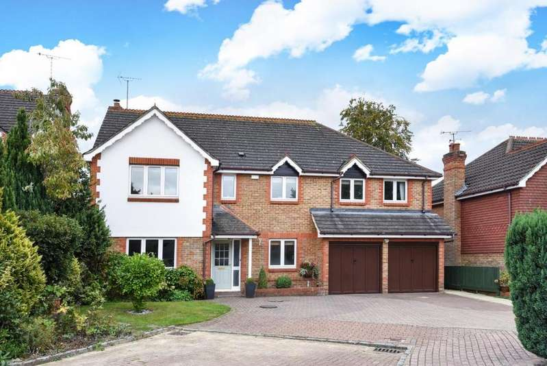 5 Bedrooms Detached House for sale in Finchampstead, Wokingham, RG40