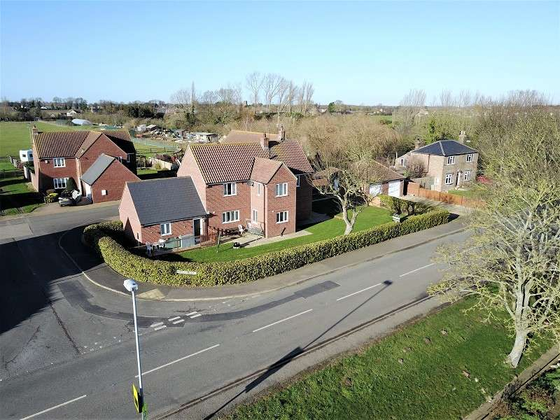 4 Bedrooms Detached House for sale in Sycamore View, Gedney Hill, Spalding, Lincolnshire. PE12 0NQ