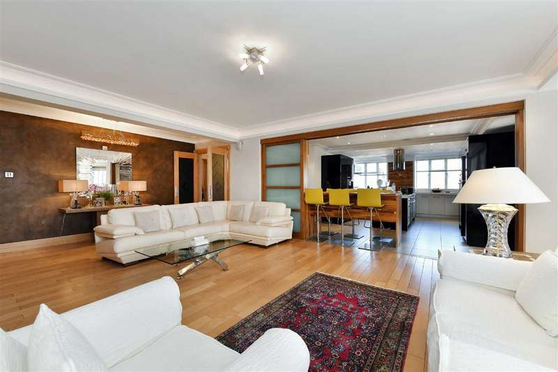 4 Bedrooms Flat for sale in Viceroy Court, London, NW8