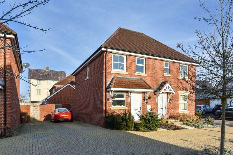 2 Bedrooms Semi Detached House for sale in Lords Way, Andover