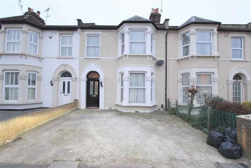 4 Bedrooms Terraced House for sale in Cambridge Road, Seven Kings, Essex, IG3