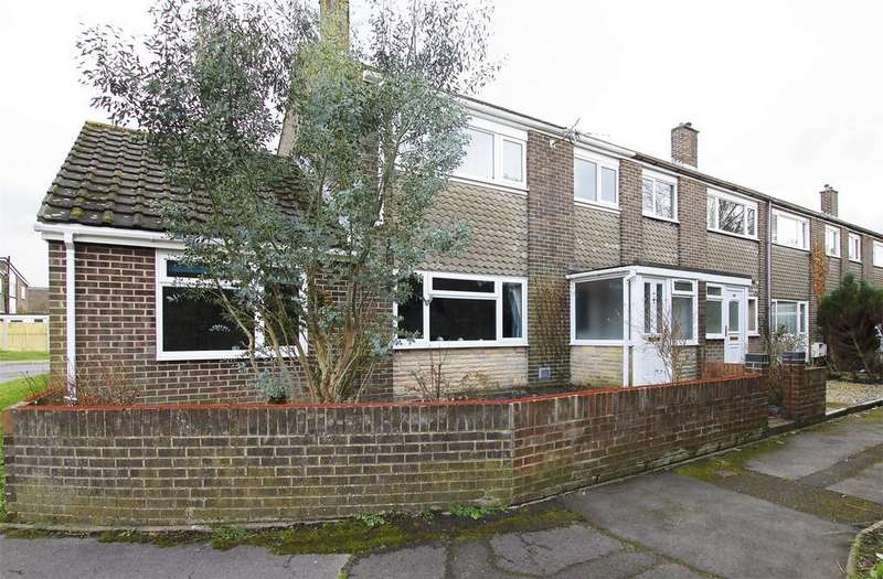 3 Bedrooms End Of Terrace House for sale in Long Drive, Gosport, Hampshire