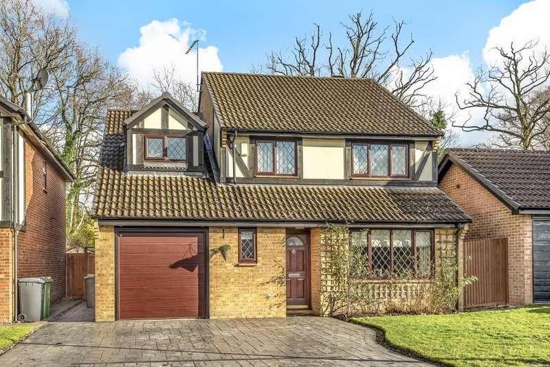 4 Bedrooms Detached House for sale in Bagshot, Surrey, GU19