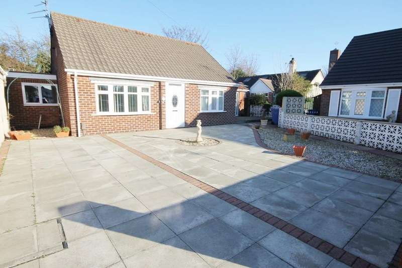 3 Bedrooms Bungalow for sale in Delery Drive, Padgate, Warrington, WA1