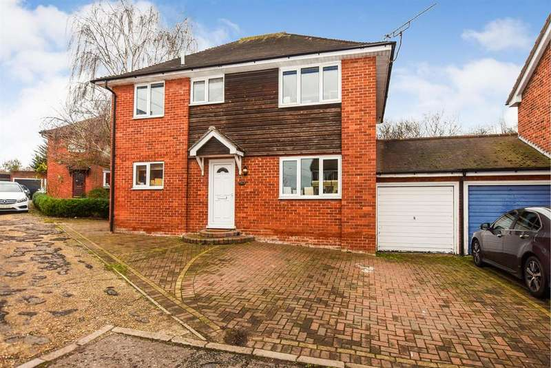 4 Bedrooms Link Detached House for sale in Brent Avenue, South Woodham Ferrers, Chelmsford