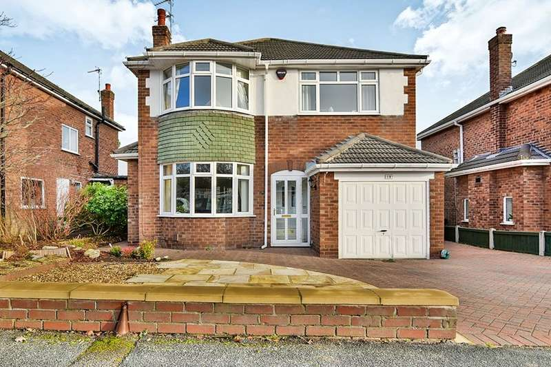 4 Bedrooms Detached House for sale in Stanneylands Drive, Wilmslow, SK9
