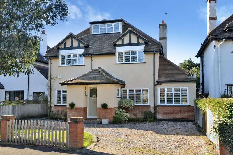 5 Bedrooms Detached House for sale in Riversdale Road, Thames Ditton, KT7