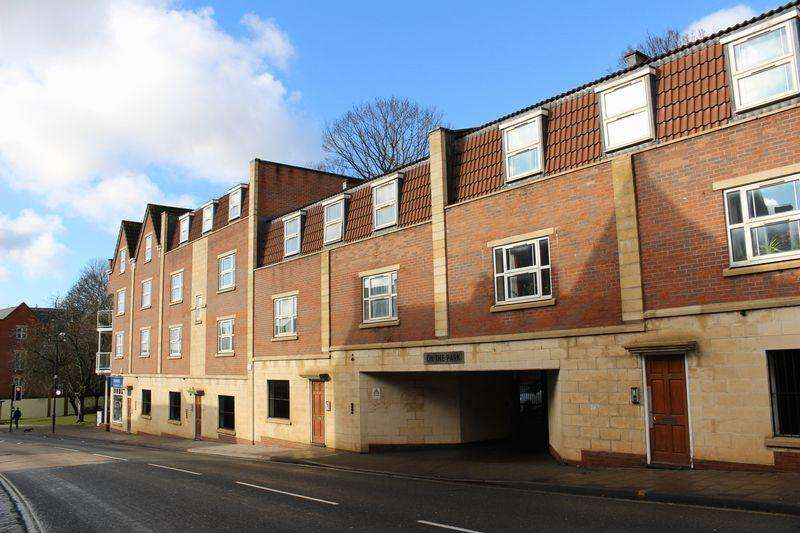 2 Bedrooms Flat for sale in On The Park, Church Road, BS5