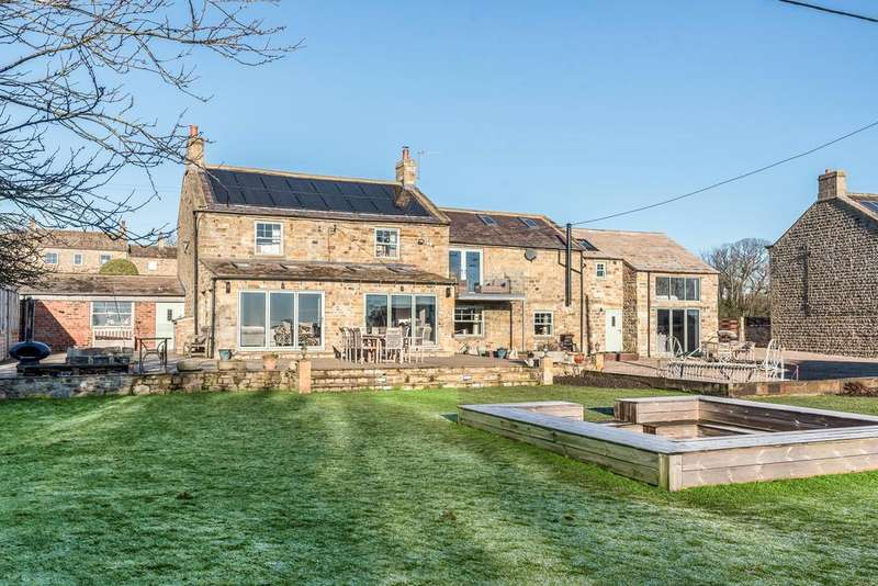 5 Bedrooms Village House for sale in Fearby, Ripon HG4