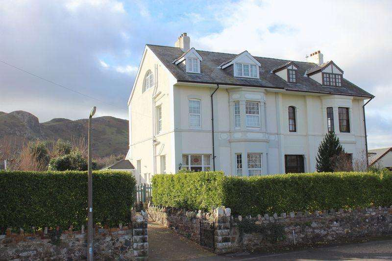4 Bedrooms Semi Detached House for sale in Morfa Drive, Conwy