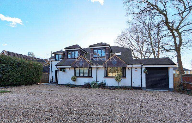 4 Bedrooms Detached House for sale in Windsor, Maidenhead and Bray, right this way