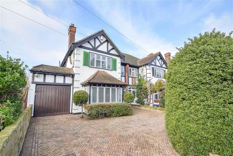 3 Bedrooms Semi Detached House for sale in Victoria Avenue, Southend-on-sea