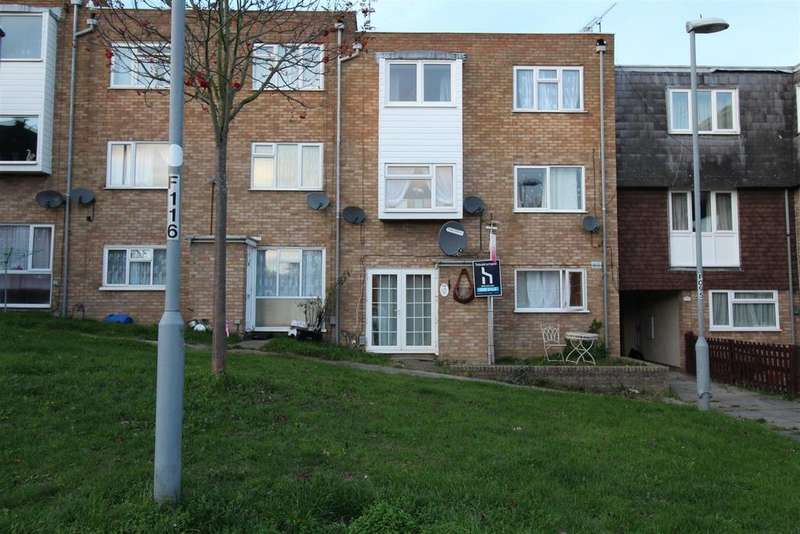 2 Bedrooms Flat for sale in Copenhagen Close, Luton