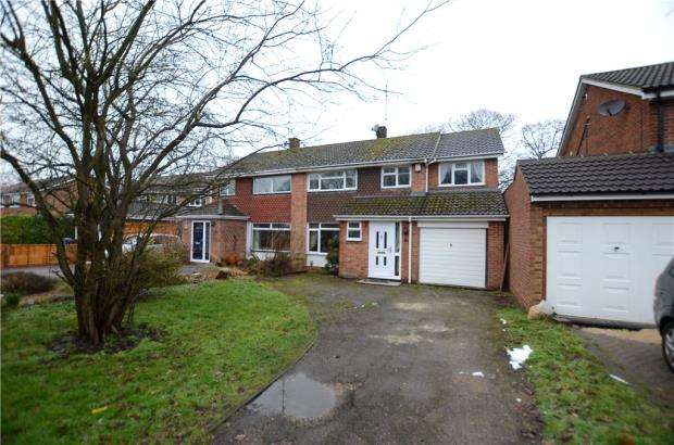 4 Bedrooms Semi Detached House for sale in Chestnut Road, Farnborough, Hampshire