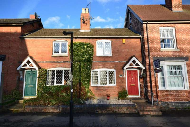 2 Bedrooms Cottage House for sale in Red Lion Street, Alvechurch