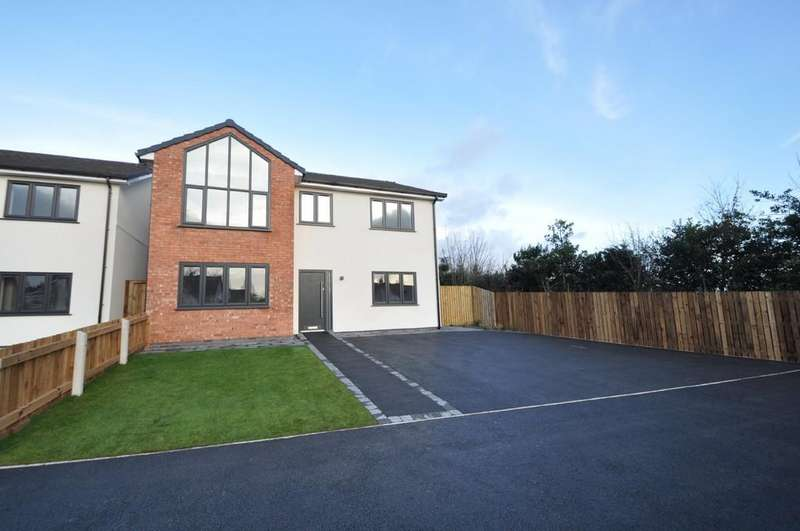 4 Bedrooms Detached House for sale in Downham Road North, Heswall, Wirral