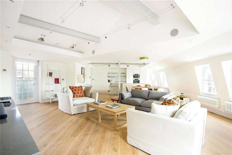 3 Bedrooms Flat for sale in Upper St. Martin's Lane, Covent Garden, London, WC2H