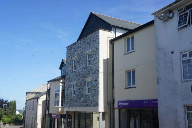 2 Bedrooms Penthouse Flat for rent in Chyvogue Apartments, Exeter Street, PL15