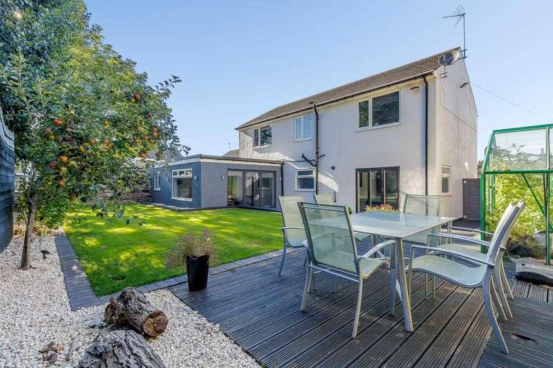 4 Bedrooms Detached House for sale in 121 High Street, Morley, Leeds, LS27 0DE