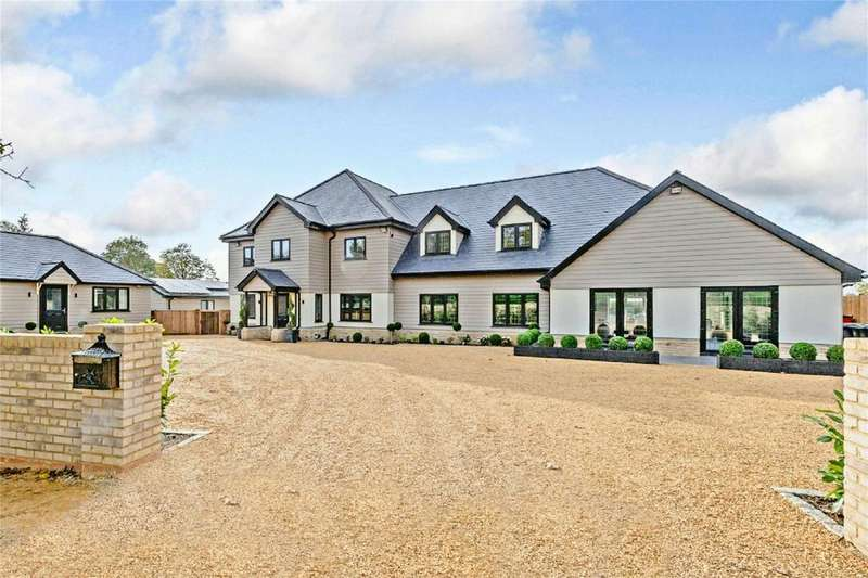 5 Bedrooms Detached House for sale in Woodside Green, Great Hallingbury, Bishop's Stortford, Herts