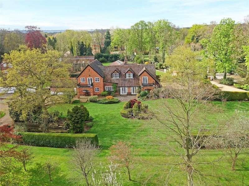 6 Bedrooms Detached House for sale in Pyrford Place, Warren Lane, Woking, Surrey, GU22