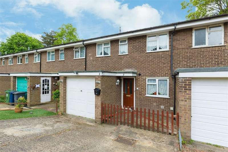 3 Bedrooms Terraced House for sale in Brambleside, Loudwater