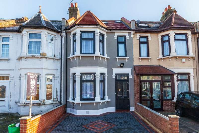 5 Bedrooms Terraced House for sale in Sandyhill Road, IG1