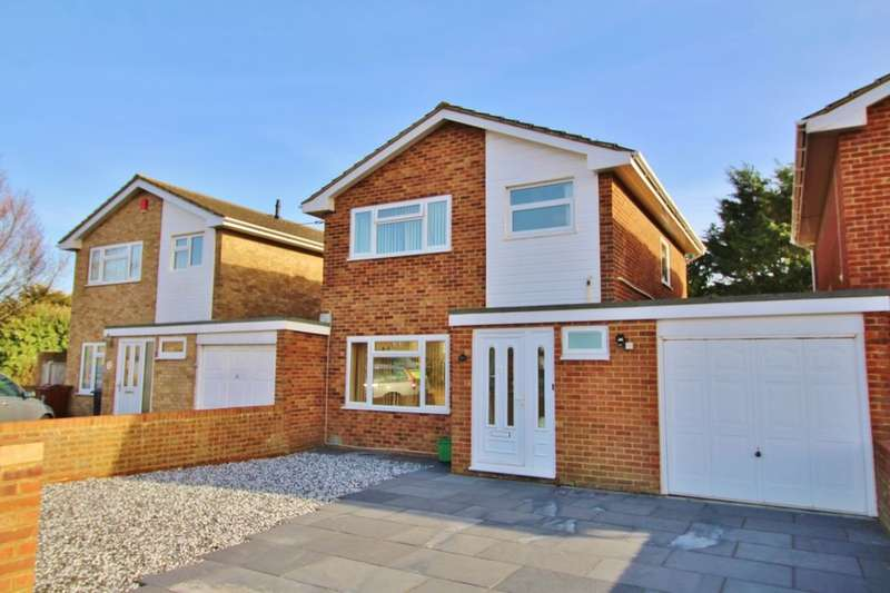 3 Bedrooms Detached House for sale in Fisher Close, Eastbourne, BN23