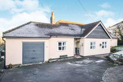 4 Bedrooms Bungalow for sale in Maldon, Essex, .