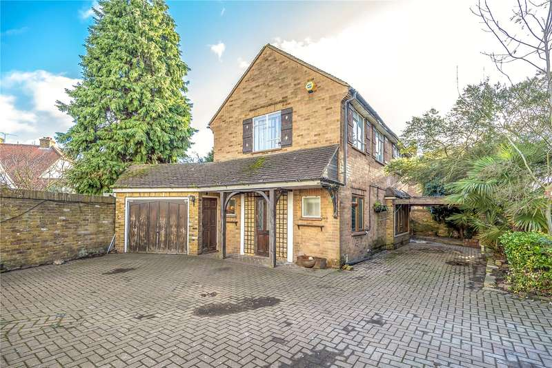 4 Bedrooms Detached House for sale in Harlington Road, Hillingdon, Middlesex, UB8