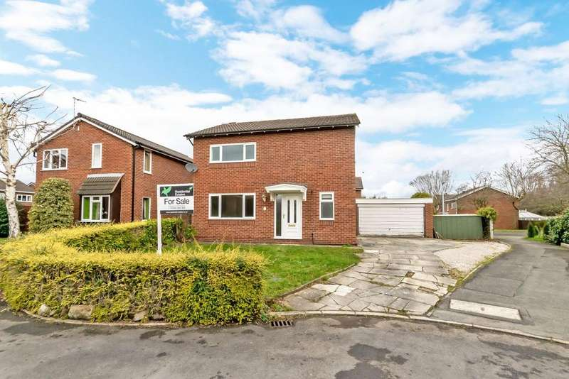4 Bedrooms Detached House for sale in Dane Grove, Mickle Trafford