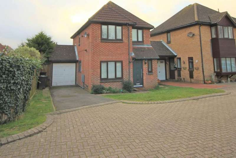 3 Bedrooms Detached House for sale in The Stiles