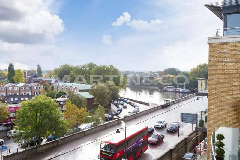 3 Bedrooms Penthouse Flat for sale in 8 Kew Bridge Road, Brentford