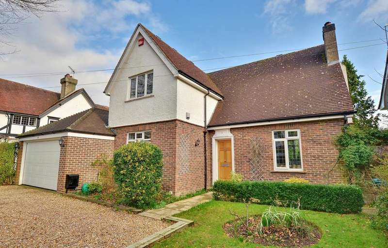 4 Bedrooms Detached House for sale in Havant