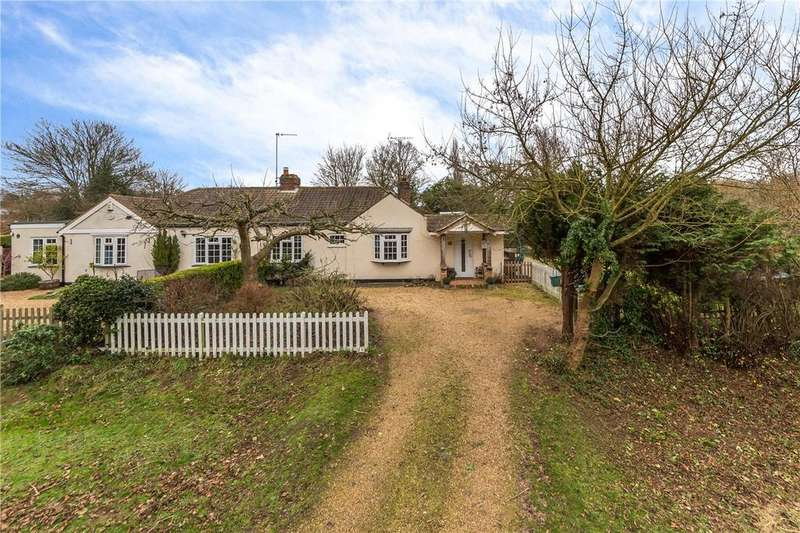 3 Bedrooms Bungalow for sale in Cherry Tree Lane, Wheathampstead, St. Albans, Hertfordshire