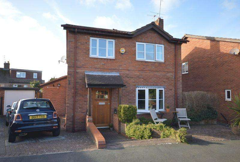 4 Bedrooms Detached House for sale in Eastcott Close, Greasby