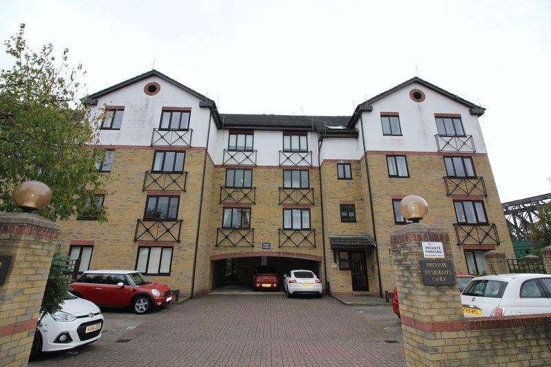 2 Bedrooms Flat for sale in Admiral House, Viersen Platz, Peterborough, PE1 1ES
