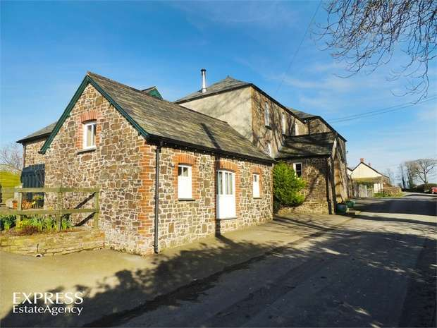 4 Bedrooms Detached House for sale in Pancrasweek, Holsworthy, Devon