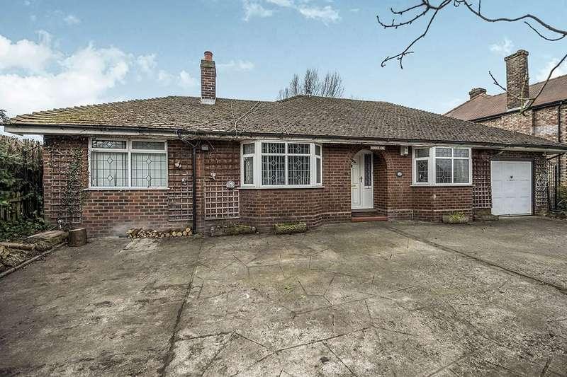 3 Bedrooms Detached Bungalow for sale in Town Lane, Hale Village, Liverpool, L24