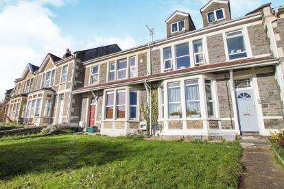 2 Bedrooms Flat for sale in Bristol Hill, Brislington, Bristol