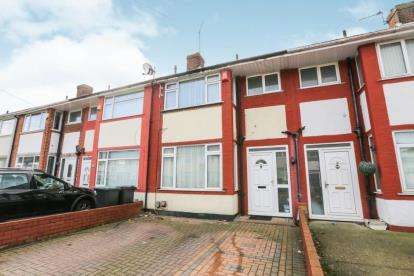 3 Bedrooms Terraced House for sale in Elmore Road, Luton, Bedfordshire