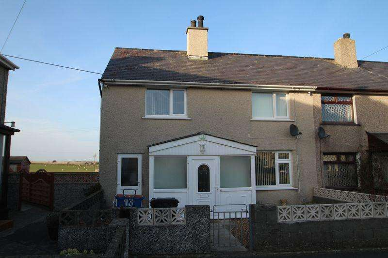 3 Bedrooms Semi Detached House for sale in Maes Llewelyn, Aberffraw,