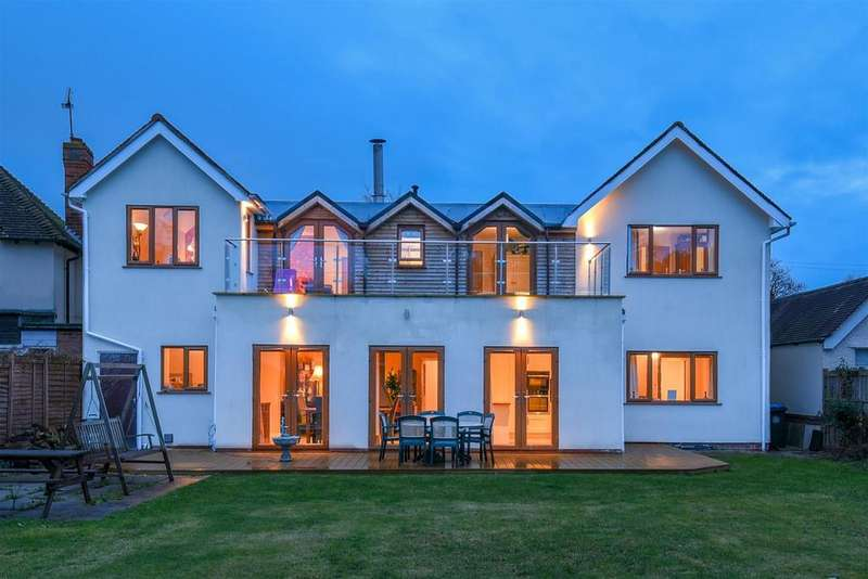 5 Bedrooms Detached House for sale in Loxley Road, STRATFORD-UPON-AVON