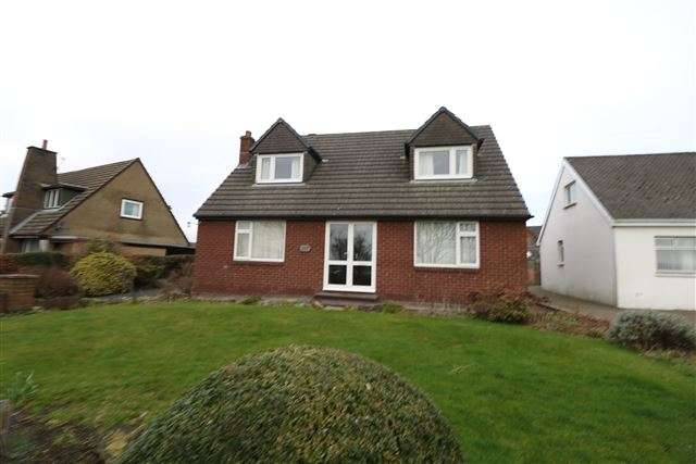 3 Bedrooms Bungalow for sale in Durdar Road, Carlisle, Cumbria, CA2 4TJ