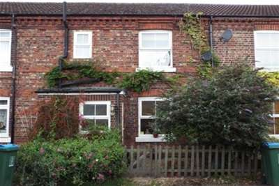 3 Bedrooms Cottage House for rent in Cheddington