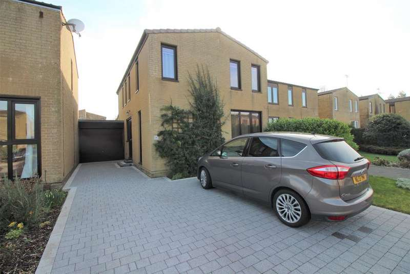 4 Bedrooms Detached House for sale in Trent Drive, Thornbury, Bristol, BS35 2XE